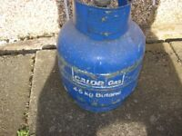 4.5KG CALOR gas bottle, some in it, (weighs 8.2kg) deposit on this is £45 from Calor!