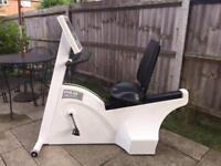 Recumbent exercise bike with several programs Max user weight 180kg Can deliver