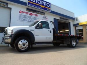 2006 Ford F-550 CHASSIS CAB XLT