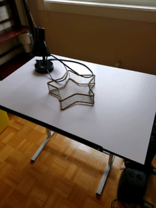 Drawing table/multipurpose table