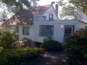 One bedroom in character home Oaklands/Fernwood Available now