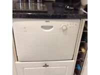 Zanussi dishwasher (worktop or in a unit)