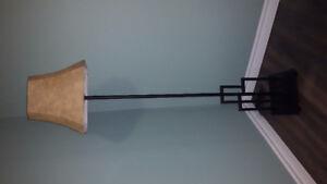 5' Floor Lamp (Flat Black)