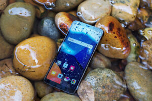 LG G6 mint condition for sale