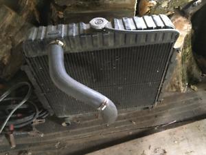 Mopar radiateur NOS OEM  B-Body - # 2998954