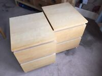 2 Matching Bedside Drawers