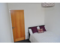 *NO AGENCY FEES TO TENANTS* Double room available in beautifully presented house share.