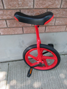 Unicycle Topnotch Condition and Quality for Sale in Barrie