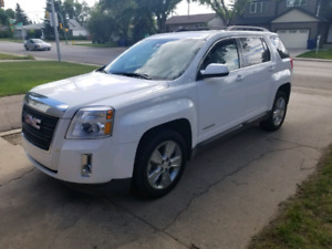 2014 GMC Terrian SLT -AWD  excellent condition