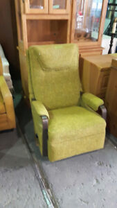 Furniture & Housewares Carol's Auction Thurs August 17th at 6 PM