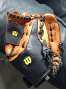 Wilson Youth Baseball Glove