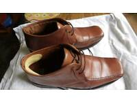 Shoes size 8 leather
