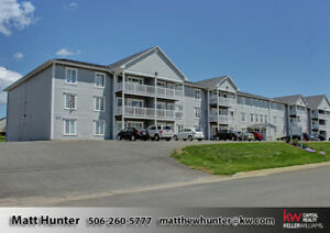 Great 2 Bedroom Condo On Sunny Side On The Building!