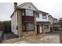 An impressive four/five bedroom detached House in Allerton up for rent.