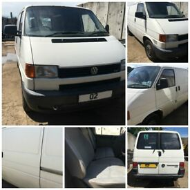 Vw Transporter TDi Swb 2.5 2002 Complet Engine and Box AFT073566 All Parts Available