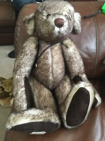 Deans limited edition musical bear