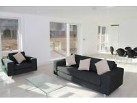 LUXURY 3 BED 2 BATH ROYAL WATERSIDE BODIAM COURT NW10 PARK ROYAL HANGER LANE ACTON ALPERTON