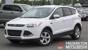 2015 Ford Escape SE! AWD! HEATED SEATS! BACKUP CAM!