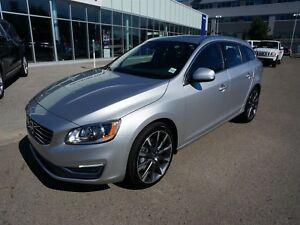 2015 Volvo V60 T5 AWD  with Certified Pre-Owned Warranty!