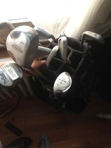 Right handed golf clubs with Nike bag