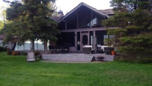 Luxury Home/Cottage Sturgeon Lake Avail Aug 25 for 7 Days