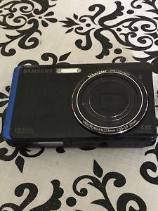 Samsung TL220 touchscreen camera