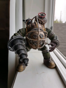 Bioshock Big Daddy figure