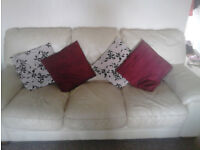 CREAM 3 SEATERS LEATHER SOFA £10