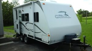 FOR SALE - 2008 RV TRAVEL TRAILER (PALOMINO GAZELLE)