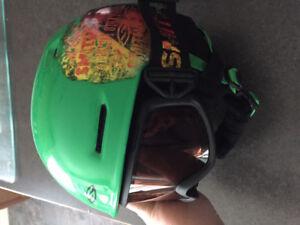 Boys ski helmet youth small