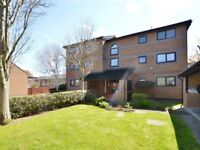 2 bedroom flat in Farrow Place, Surrey Quays SE16