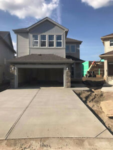 IMMEDIATE POSSESSION - Brand new 4 bedroom home on the West end!