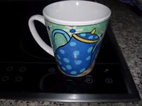 2 NICE MUGS : EXCELLENT CONDITION,
