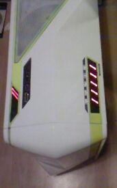 corsair 600w psu + gaming case , not laptop