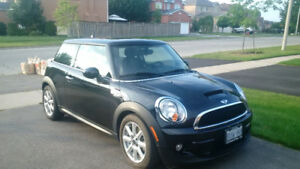 2013 MINI Cooper S Coupe (2 door)
