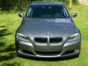 2011 BMW 328i  (xdrive) Executive package