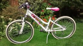 Girls Cuda Kinetic Bicycle age 7 - 10 years
