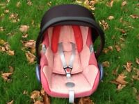 Maxi Cosi Car Seat - (Pink) with Head Hugger+Body Support in very good condition