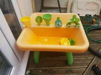 Sand and water table for sale