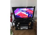 32 inch Samsung TV. £120 Ono