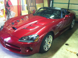 2008 Dodge Viper SRT10 convertible (2 door)