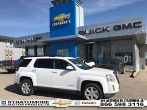 2015 GMC Terrain SLE-2-Camera-Heated seats-Sunroof   - Certified