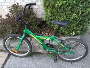 "Collectible Kazoom Velo Sport kids bicycle with 20"" wheels"