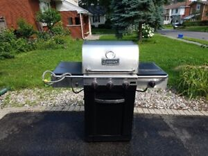 Cuisinart Gourmet 600B Natural Gas BBQ -Great Condition