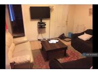 5 bedroom house in Warwick Street, Sheffield, S10 (5 bed)