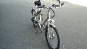 VELO ELECTRIQUE 2012 ECOLOCYCLE 500 WATTS 36 VOLTS