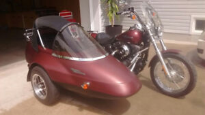 Moto Harley Davidson et side car