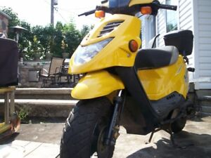 FOR SALE... ETON  BEAMER TWO SEATER GAS MOTOR SCOOTER