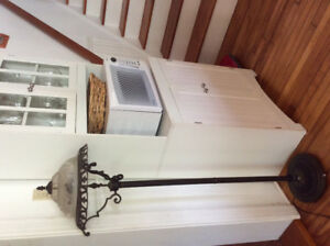 Rustic floor lamp 20$