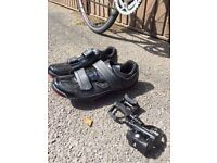 Shimano R065 Road Shoes and Boardman Road TEAM Pedal
